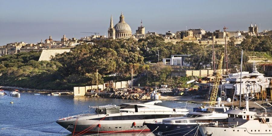 Transporte por mar de la isla de Sliema Malta