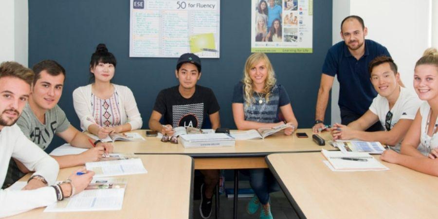 grupo de estudio de ingles European School of English