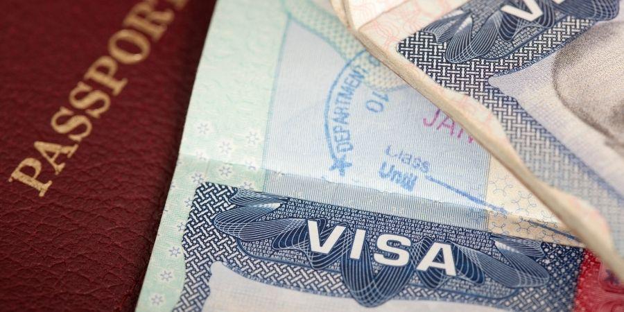 Las agencias ayudan al viajero a establecerse en Malta.