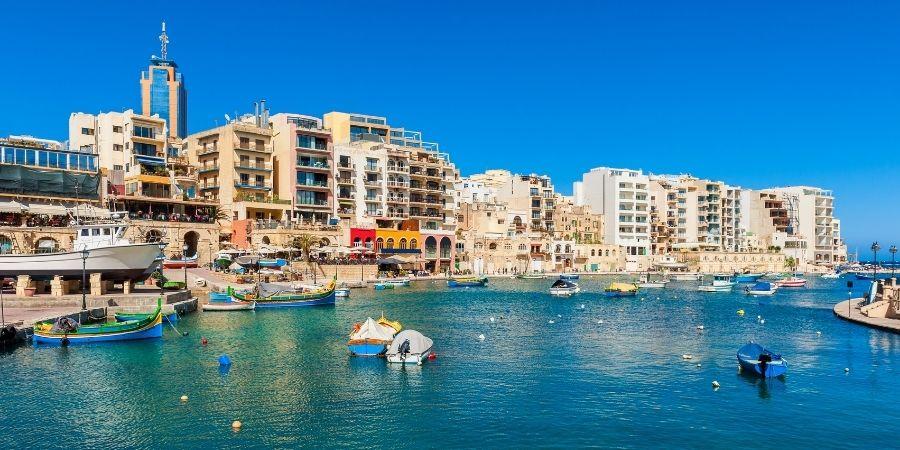 Ven y conoce San Julian tu mejor opción para aprender ingles en Malta