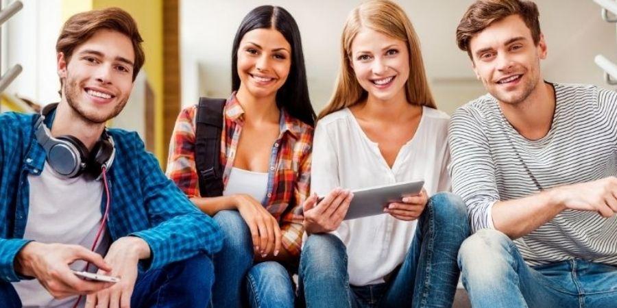 Estudiantes En san Julian Malta El mejor lugar para aprender Ingles