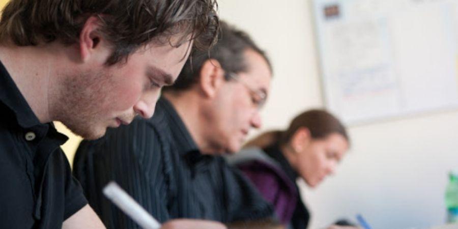 capacitación en exámenes cambridge escuela ESE