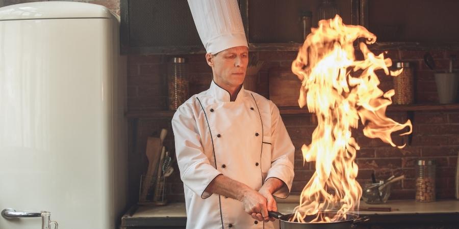 Trabaja como cocinero en Malta si no posees un buen nivel de ingles.