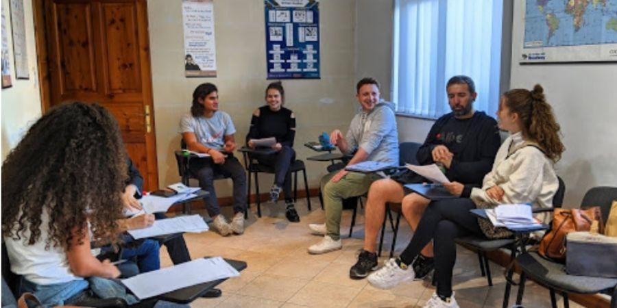 clases generales de ingles con Gateway School of English