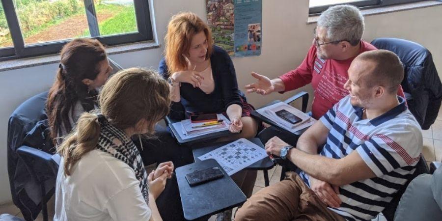 ingles general para mayores de 50 años en la academia Gateway School of English